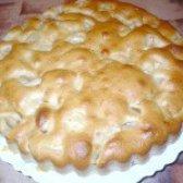 Як приготувати пиріг з яблуками на кислому молоці - рецепт