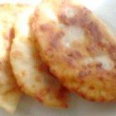 Як приготувати пиріжки з сирного тіста з ковбасою - рецепт