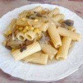 Як приготувати пісне рагу з макаронів і кукурудзи з грибами - рецепт