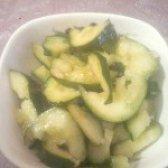 Як приготувати салат з битих огірки - рецепт