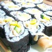 Кулінарний рецепт роли з огірком і рибою з фото