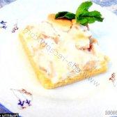 Рецепт пісочні тістечка з яблуками в білковому кремі з фото