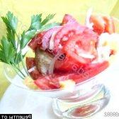 Рецепт салат з помідорами, куркою і сиром з фото
